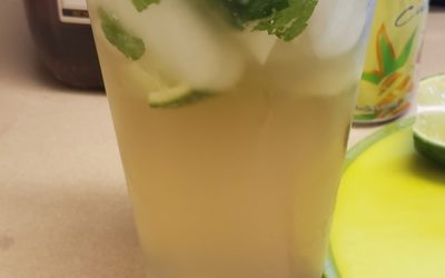 Which Are Some of the Easiest to Make and Refreshing Drinks This Summer?